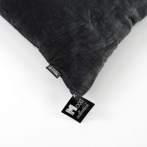 Koksgrå velour pude 45 x 45 cm a